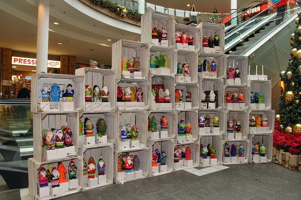 Nikolaus-Aktion der Kinder-Biennale, präsentiert von den SWE