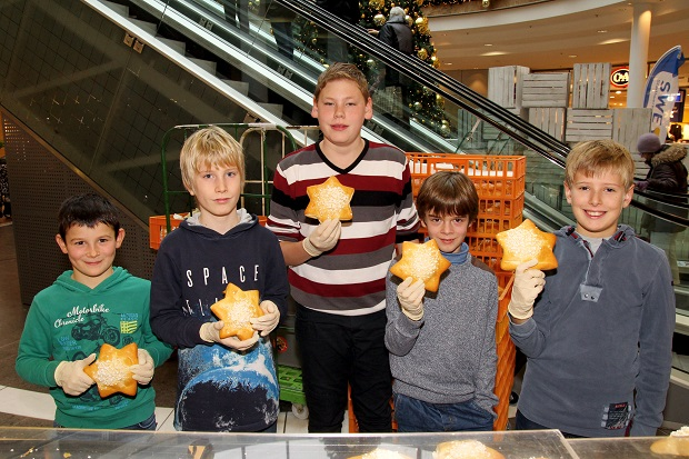Nikolausversteigerung der Kinder-Biennale