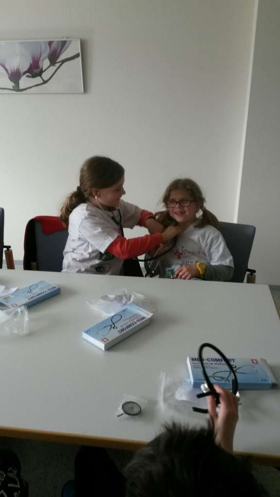 Das Herz war das Thema beim vergangenen Ausflug der kleinen Gesundheitsprofis ins Esslinger Landeskrankenhaus
